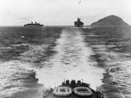 hmas sydney light cruiser wwii australia