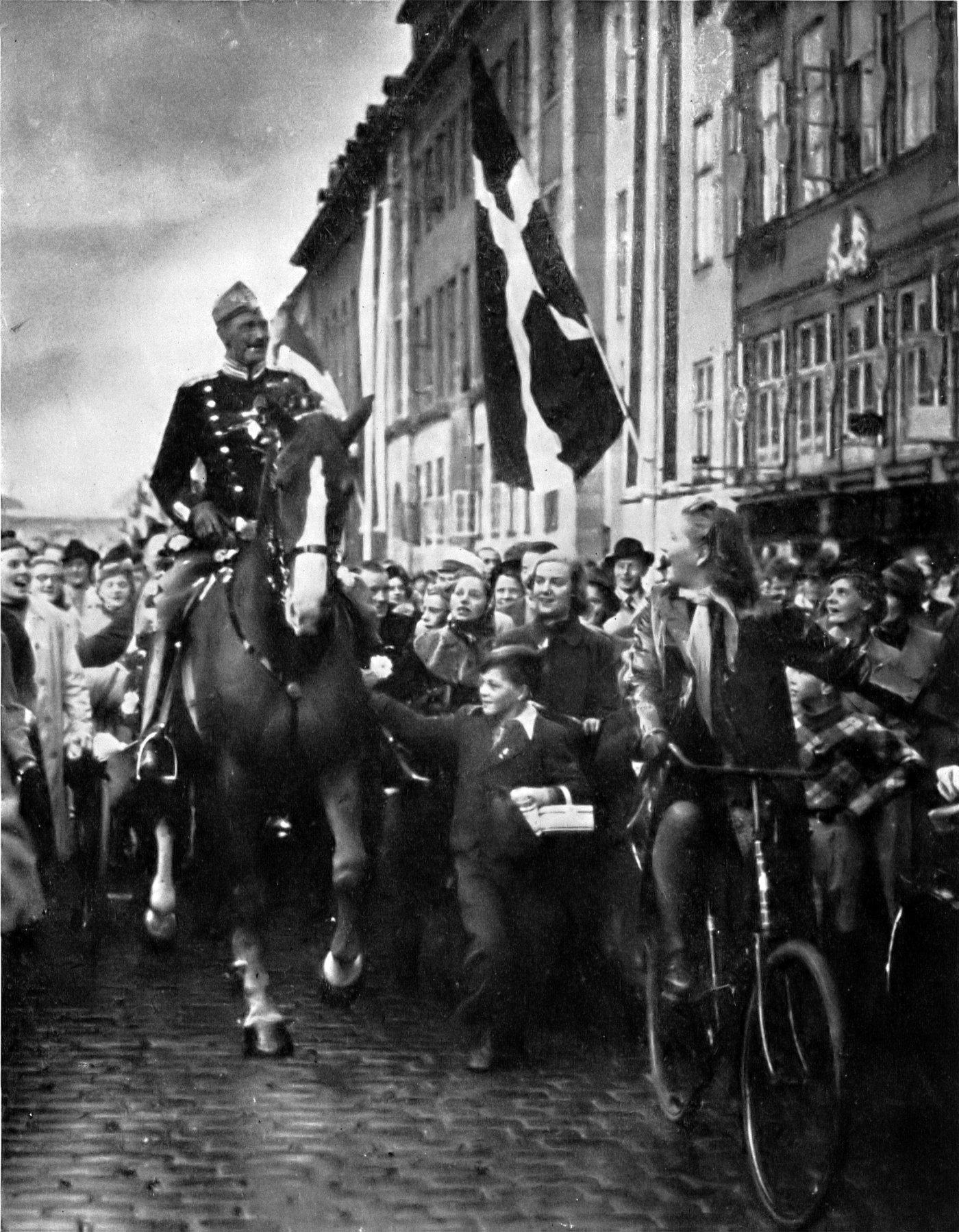 king christian x denmark ww2 copenhagen