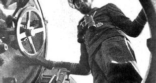 u-boat commander hatch