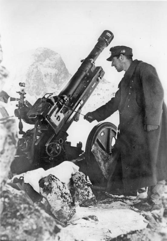 German soldier Caucasus ww2