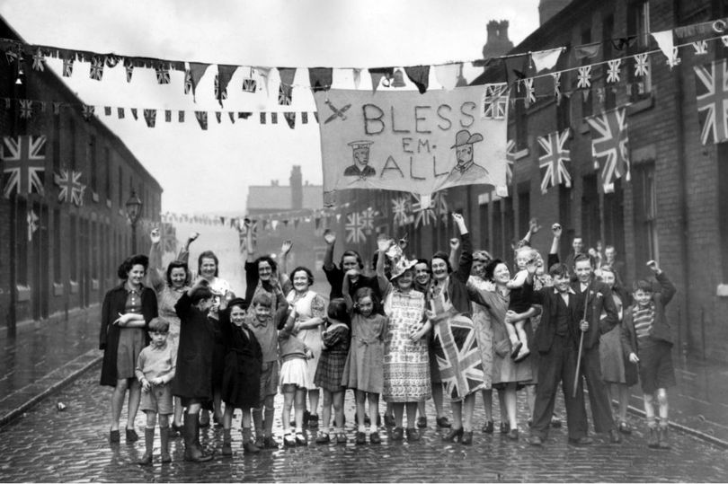 ve day manchester 1945