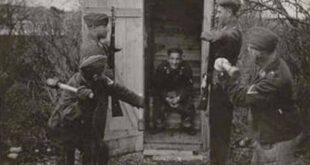 german soldiers grenade latrine